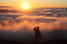 Über die Wolken Sonne