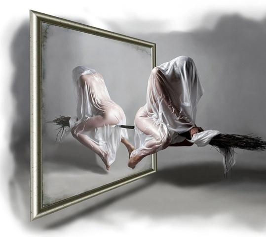 Pochemu-nelzya-spat-na-krovati-naprotiv-zerkala