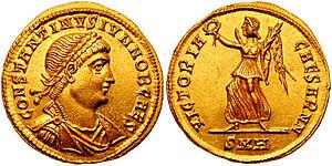 300px-Solidus_Constantine_II-heraclea_RIC_vII_101